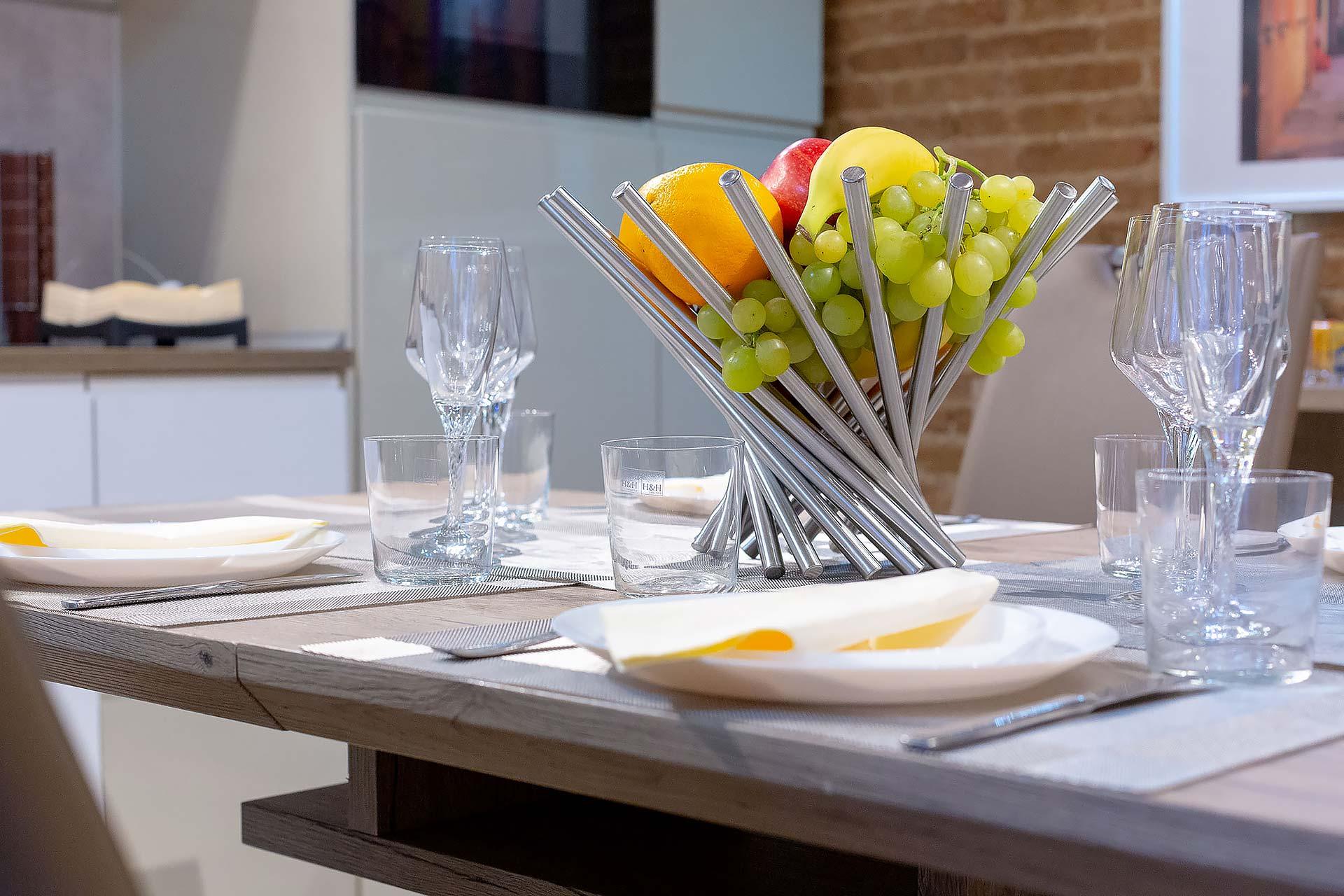 fotografo-airbnb-appartamento-Treviso-Venezia-particolare-tavolo